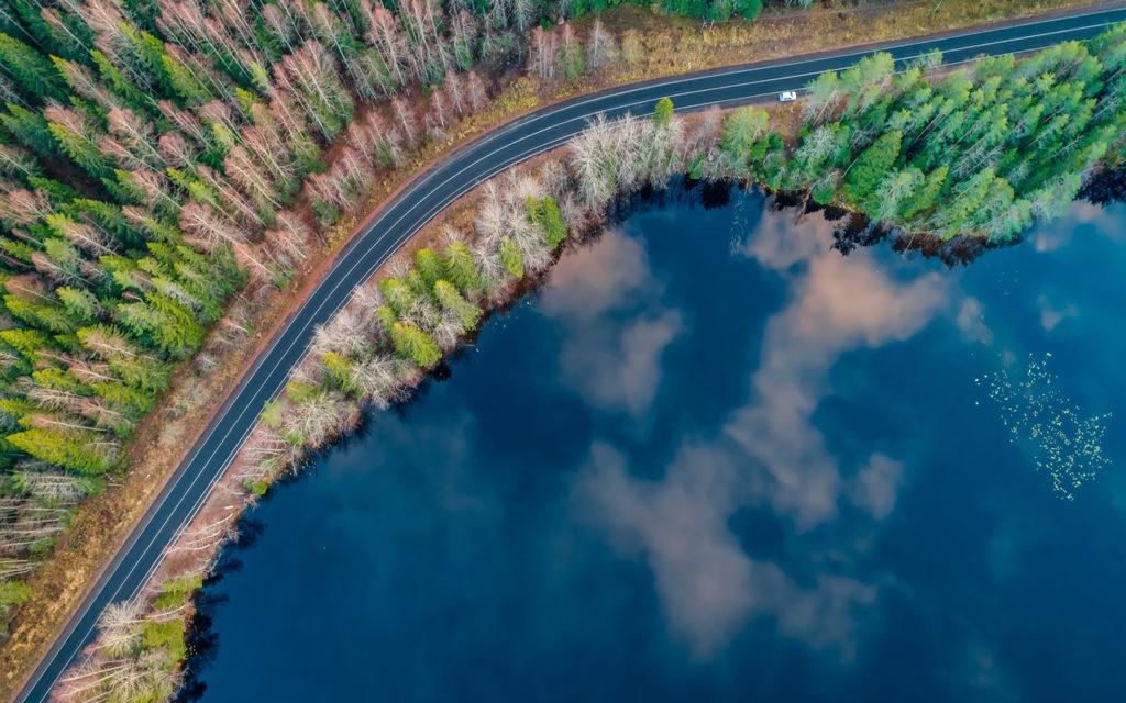 Карелия. Вид на озеро
